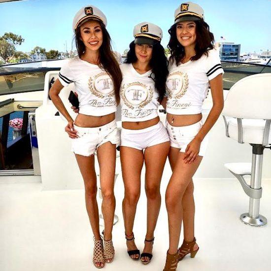 promo-models-boat